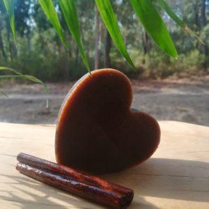 Sabonete Artesanal Coração de Canela